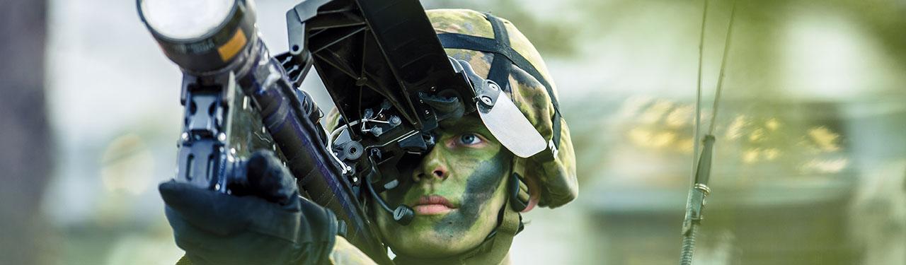 Defence Suomeksi